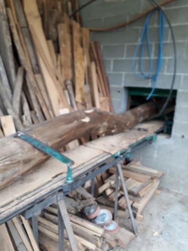 lavorazione tronco legno