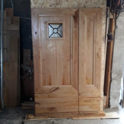 lavorazione porta legno artigianale