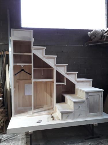 lavorazione mobile legno artigianale